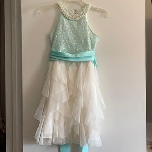 Girls pretty party/holiday/flower girl dress